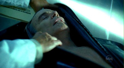 File:1x05 Christian'sDeadBody.jpg
