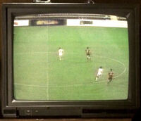 3x08 soccer-expose.jpg