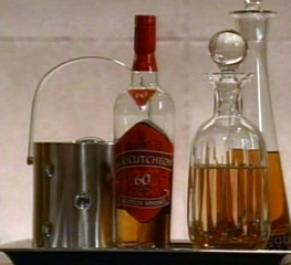 File:Whiskey.jpg