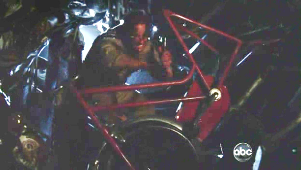 File:6x01 CycleBroken.png