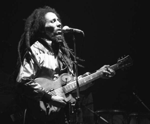 File:Bob-Marley-in-Concert Zurich 05-30-80.jpg