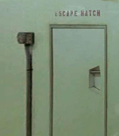 Archivo:Escapehatch.jpg