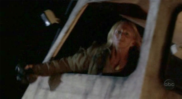 Archivo:1x24-molotov-woman-frame.jpg