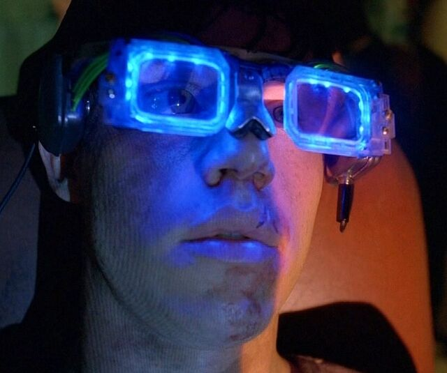 Plik:Karl in glasses.jpg