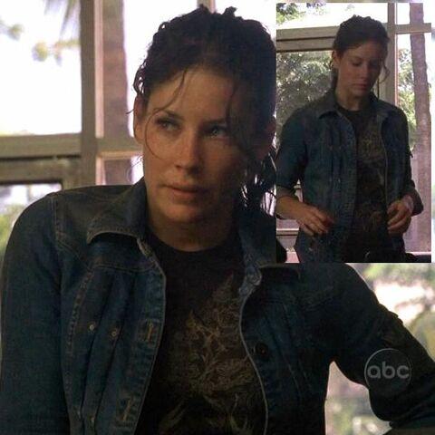 Archivo:2x09 Kate Tshirt.jpg