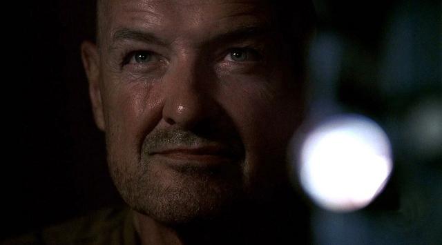 Archivo:2x03 Locke.png