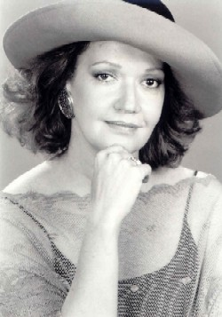 Lillian Hurst