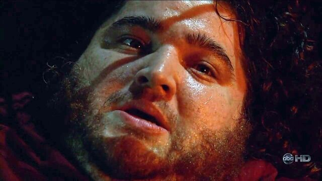 File:4x01 TBOTE Hurley Scared2.jpg