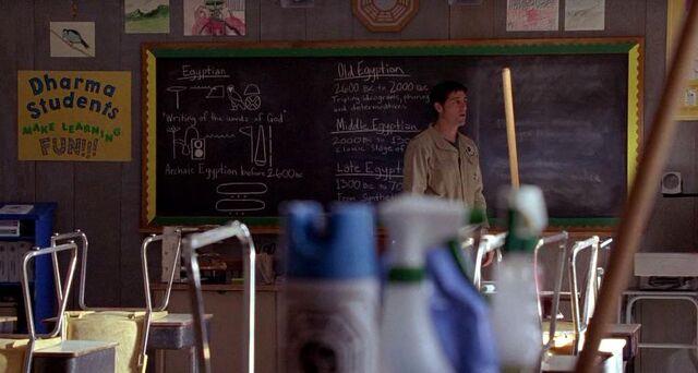 File:5x13-chalkboard.jpg