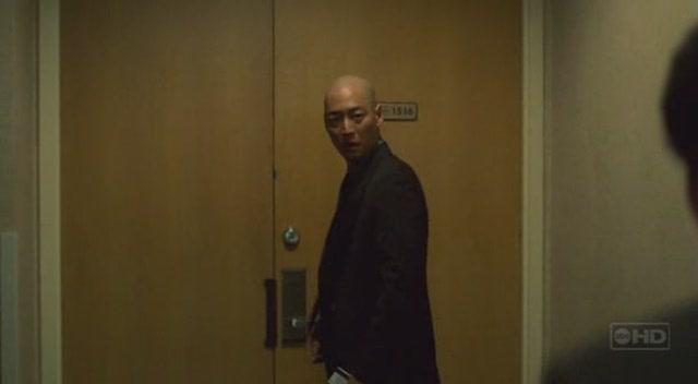 Archivo:3x02 Jae Lee Hotel Room 1516.jpg