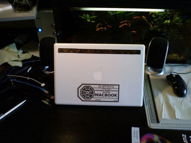 File:DHARMA-MacBook.jpg