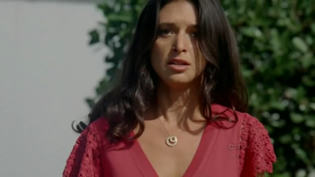 File:Nadias-necklace.jpg