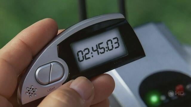 File:4x03 Clock1.jpg