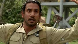 5x16 Sayid shot with the bomb.jpg