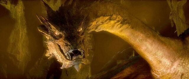 File:Ss hobbit-smaug-01.jpg