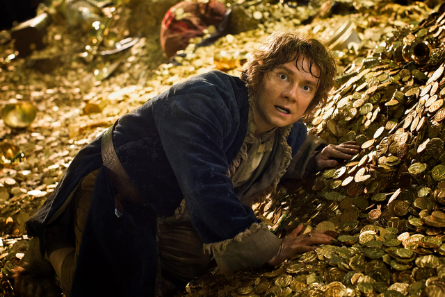 File:Bilbo in Smaug's treasure.PNG