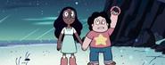 Steven Universe Bubble Buddies holding the braclet Vd2