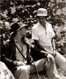 File:Harrison Ford and Chandran Rutnam in Sri Lanka.jpg