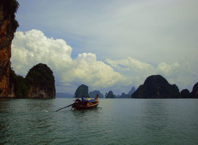 File:Phang Nga Bay.jpg