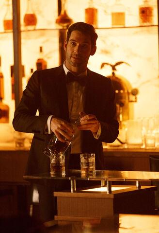 File:111 promo Lucifer pours drink.jpg