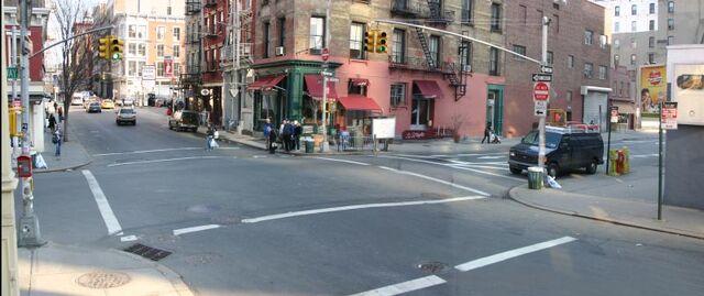 File:Road Street.jpg