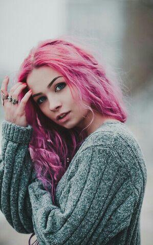 File:Cute-girl-hair-hair-pink-Favim.com-2422302.jpg