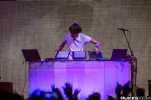 Madeon performing at the Great Saltair during Zedd's True Colors Tour (2)