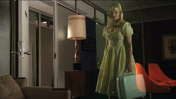 File:The suitcase anna ghost.jpg