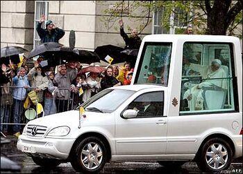 Popemobile Real
