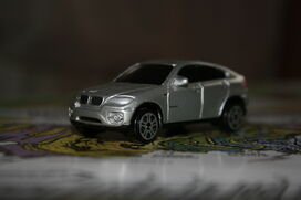 BMW X6 - Maisto - 1-64