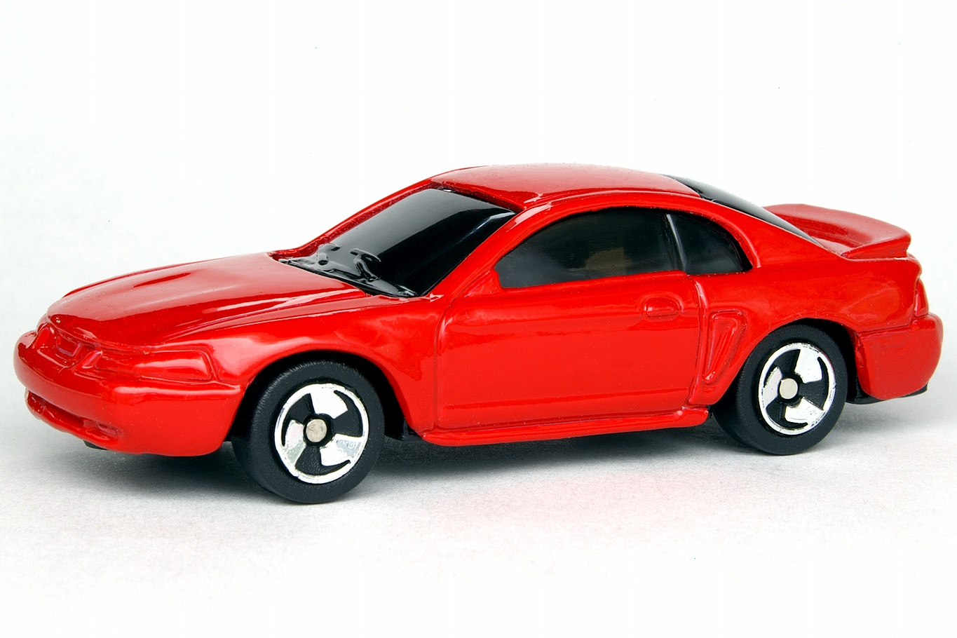 1999 Ford Mustang | Maisto Diecast Wiki | FANDOM powered ...
