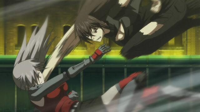 File:Momoyo vs. Takae 2.jpg