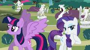 Twilight sparkle and rarity
