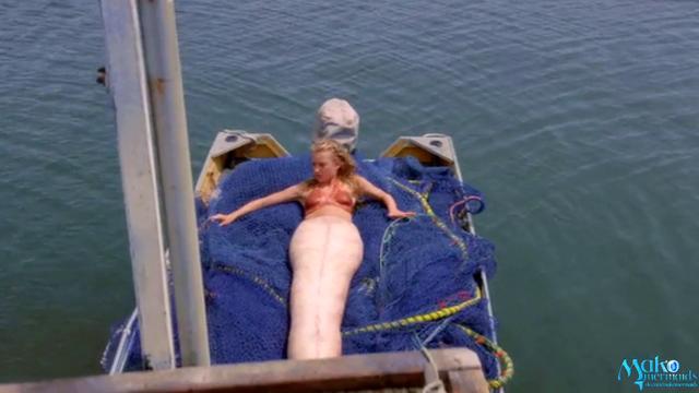 File:Ondina reveals her mermaid self to Erik.png