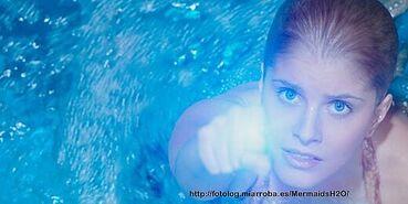 Sirena using Moonring