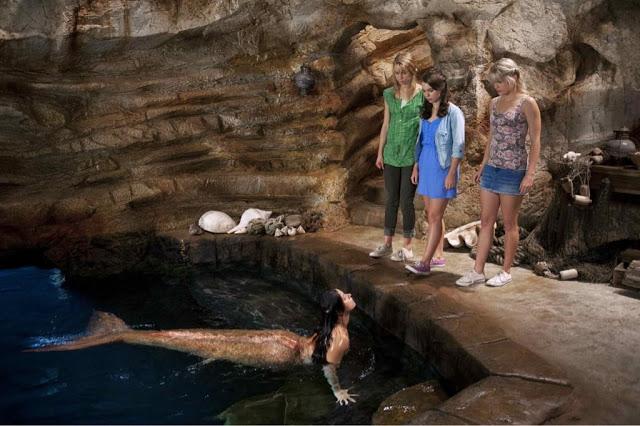 File:Mako Mermaids With Legs.jpg