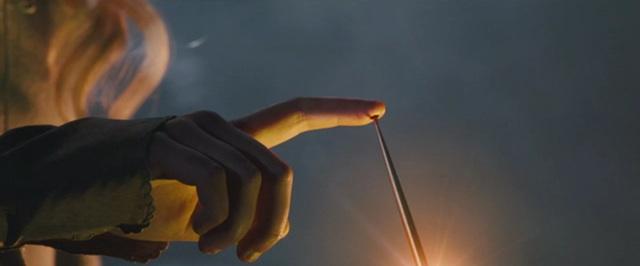 File:Aurora Pricks Her Finger.jpeg