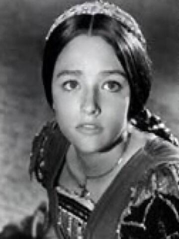 File:Juliet-Capulet B-w.jpg