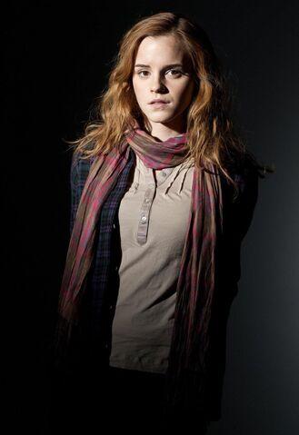 File:Hermione-Granger-hermione-granger-31305591-940-1368.jpg