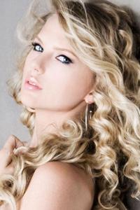 File:Taylor-swift-621x322-1.jpg