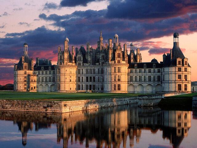 File:Chateau de Chambord Castle Loi.jpg