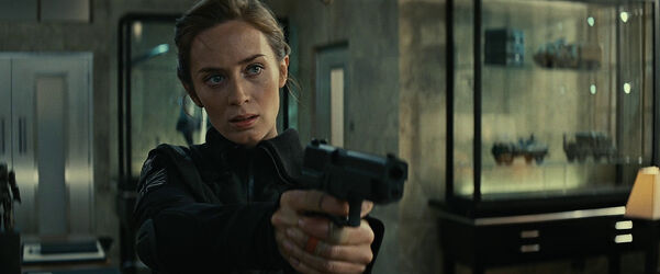 EdgeOfTomorrow-P226R-1