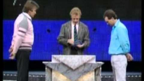 Family Fortunes 1987 Les Dennis First £3,000 jackpot Episode