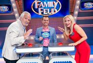 All-Star-Family-Feud-Season-1-Episode19-4