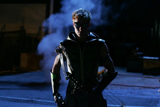 File:Smallville Episode Arrow 001.jpg
