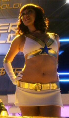 File:Goldstar showgirl (Smallville) 001.jpg