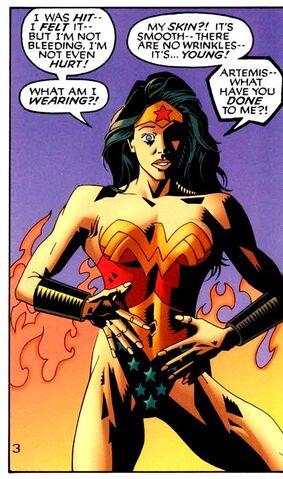 File:Wonder Woman Lois Lane Whom Gods Destroy 001.jpg