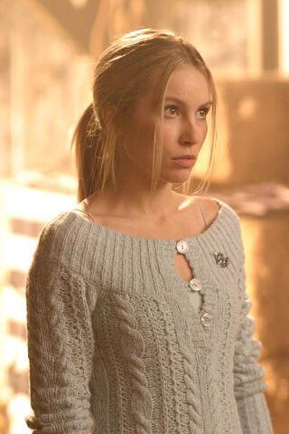 File:Alicia Baker Smallville 002.jpg
