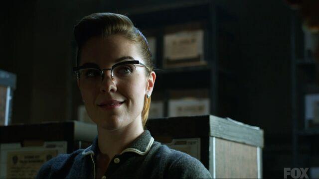 File:Kristen Kringle (Gotham) 001.jpg