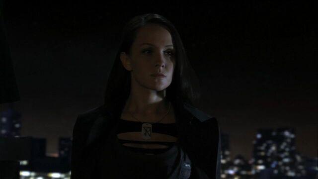 File:Vala Smallville 001.jpg
